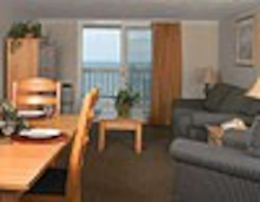 Room has deck with ocean view. Full kitchen. TV,Wi-fi,