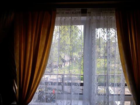 Комната # 4 в частном доме с садом