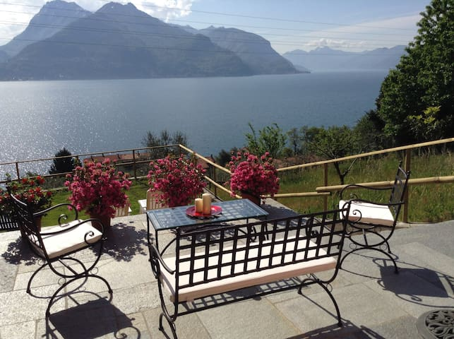 Orchidea amazing view Lake Como WI - FI  free - San Siro - Apartment
