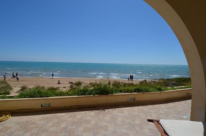 Punta Secca villa by the sea Villa Ninì - Punta Secca - Villa