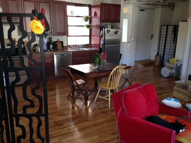 Living room/dining room/kitchen