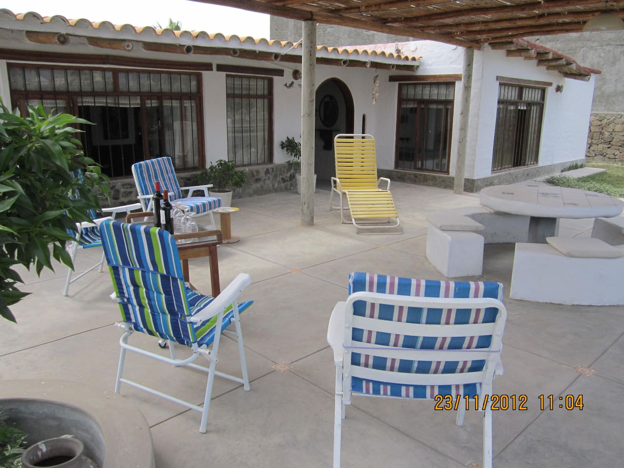 Big terrace with barbecue, you have also space for hammocks!