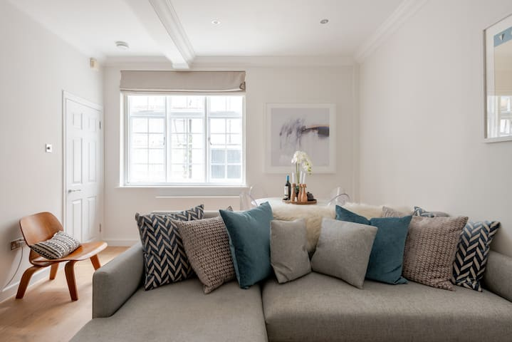 Fabulous 2 bed home in Marylebone - fits 4