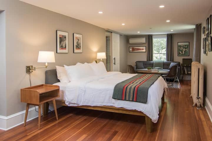 Granville House - King Suite