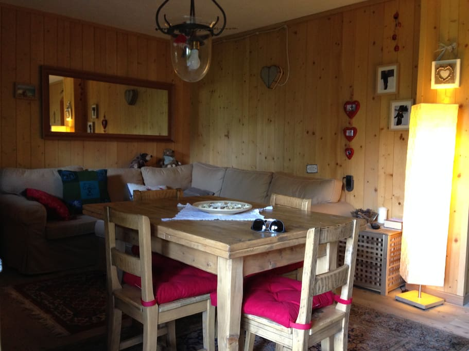 Living Room/Soggiorno