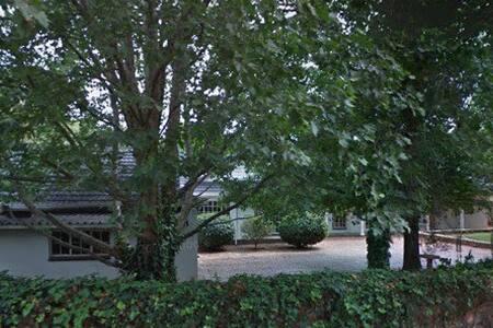 Spacious room in leafy suburb - Centurion