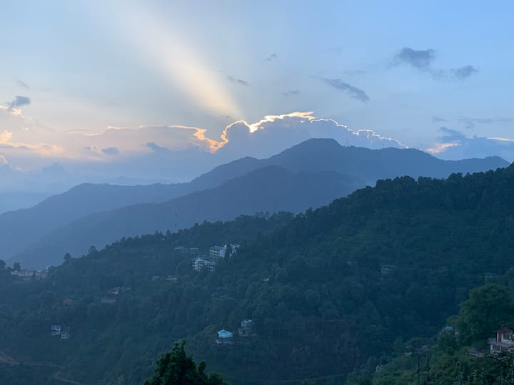 Best Himalayan Views  - Yaasha