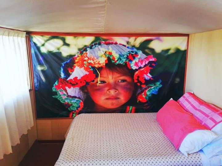 Dormitorios Flotantes Del Titicaca