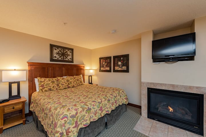 A123- Studio lake view suite, first floor unit, has a private balcony!