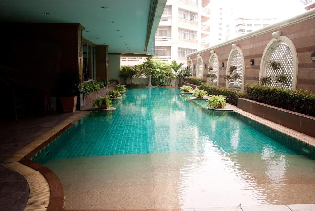 Bangkok Soi 21 Asoke 2 Bedroom Apt.