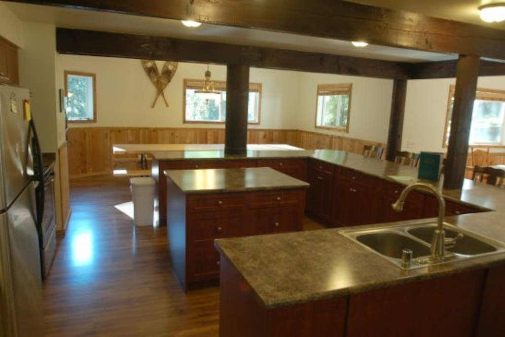 Here's the kitchen - perfect for large gatherings