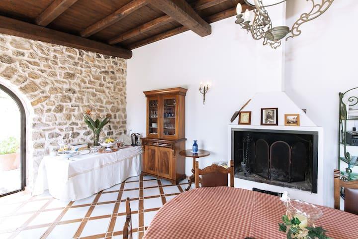 Maison de Charme  negli ulivi - Sonnino