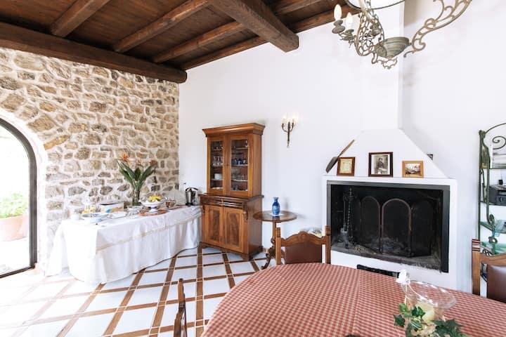Maison de Charme  negli ulivi camera  la comtesse