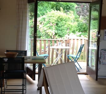 Gower, close to Oxwich Beach . Spacious B&B - Oxwich - Appartement