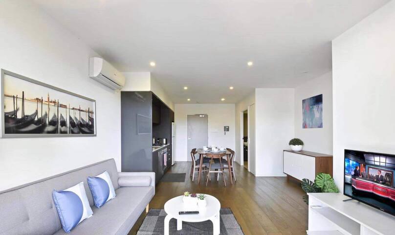 家的感觉  Home-feeling apartment 💗 quiet and clean