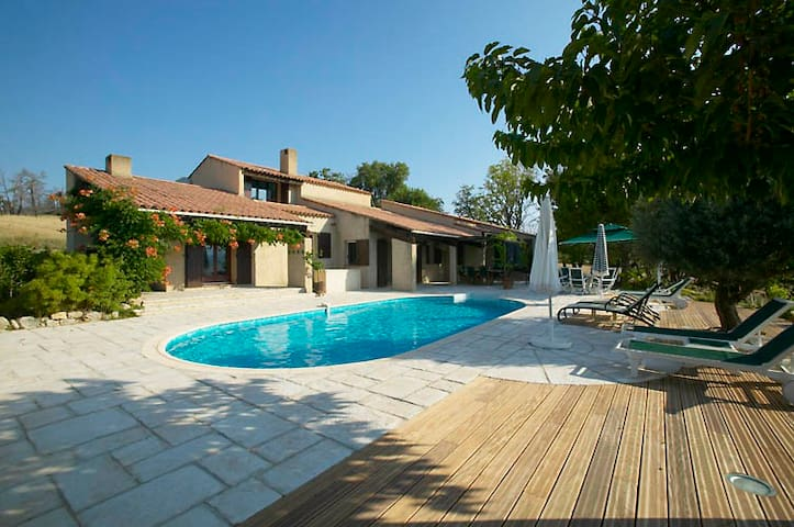 Spectacular Family Holiday Home - Saint-Laurent-du-Verdon - Villa