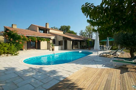Spectacular Family Holiday Home - Saint-Laurent-du-Verdon - Vila