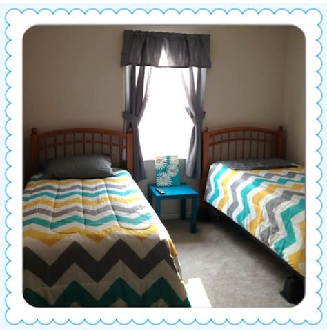 West Park Home - Perfect for QUILTERS! - Paducah - Apartment