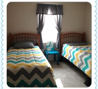 West Park Home - Perfect for QUILTERS! - Paducah - Huoneisto