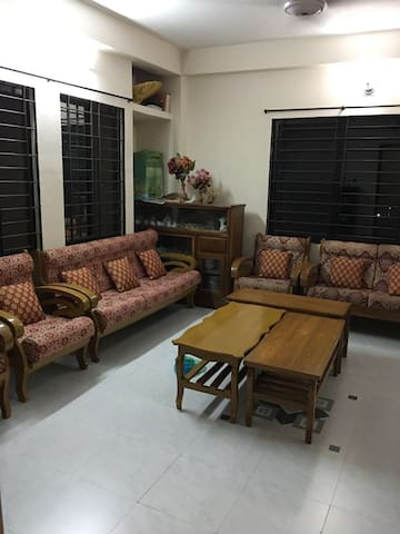 3 bedroom aptmnt in Upashahar - Ideal for Families