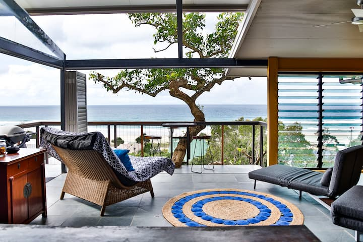 VOGUE HOLIDAY HOMES - THE BEACH TREEHOUSE