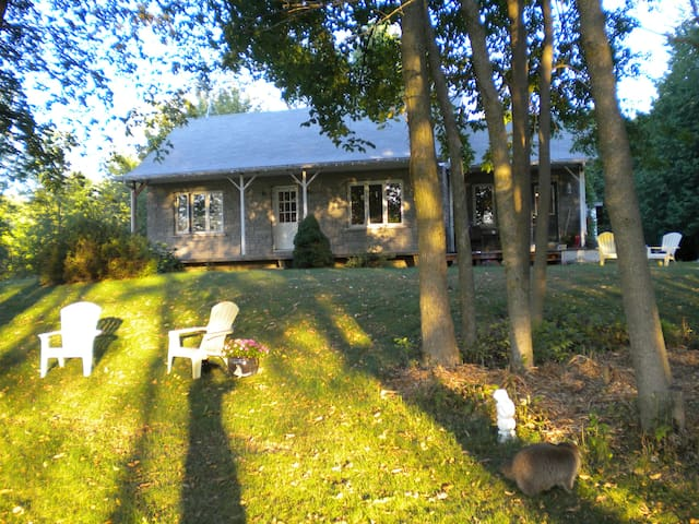 Country Home Close to Ottawa - Crysler - Talo