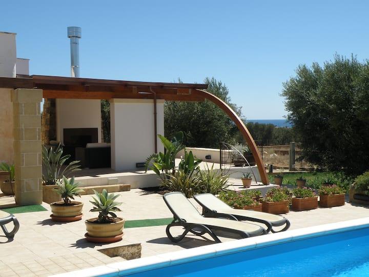 Villa con piscina B&b nel Salento
