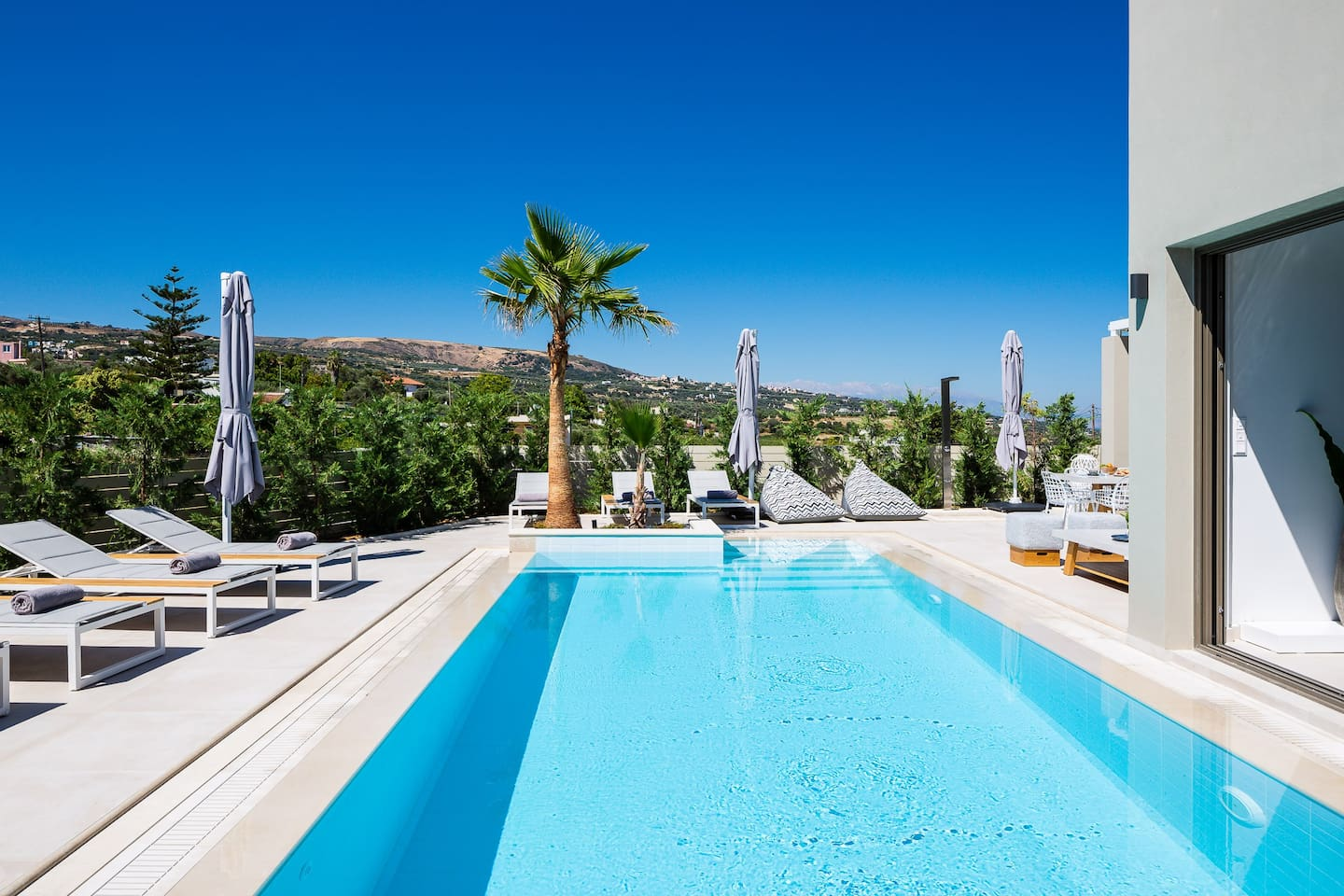 Nestled in the picturesque village of Agios Dimitrios, Villa Vasilios will be the perfect haven for an indulgent recline.