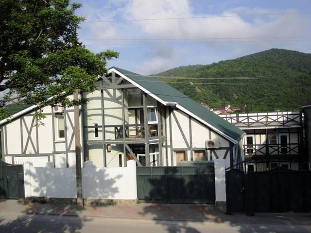 Отдых в Зеленом Доме на Черноморском побережье
