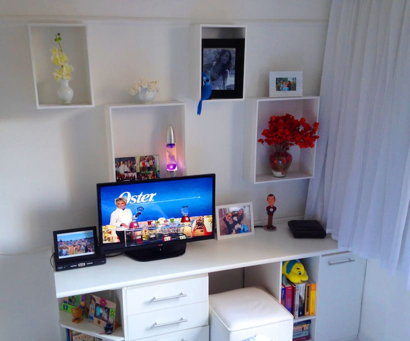 Decoration and TV