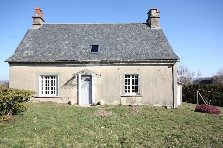 Gîte du Puy l'Abbé - Sauvat - Hus