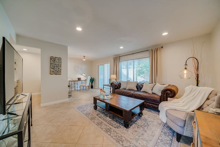 Beautiful Laguna Retreat - Remodeled!