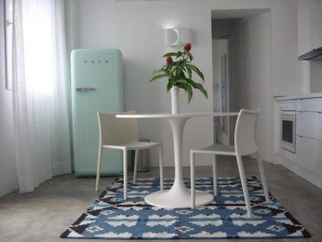 Beach Design Apartment T0