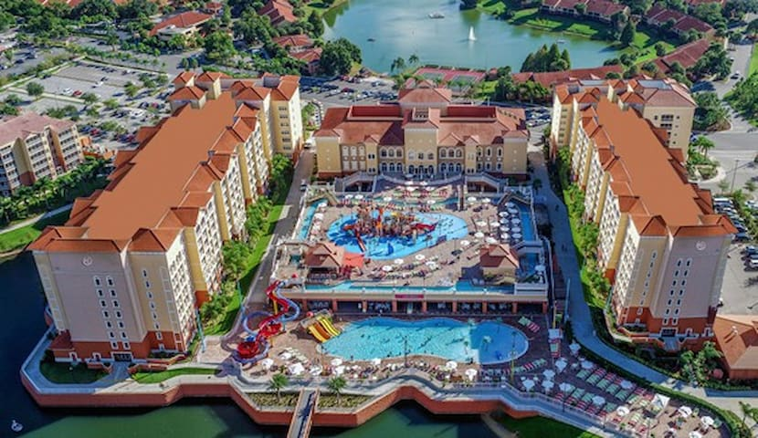 Deluxe Studio~Waterpark~Shuttles To Theme Parks!