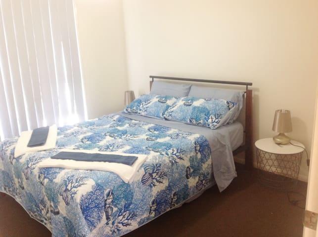 Third Bedroom - Queen size bed