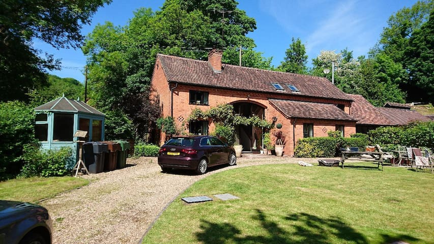 Converted Barn - double room, private bathroom