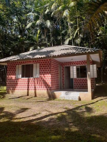 Chalé no Rio do Nunes - Antonina, PR