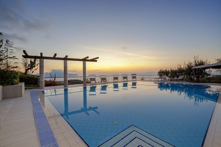 Villa Elia with Private Pool, Sea View, Terraces, Parking and Garden