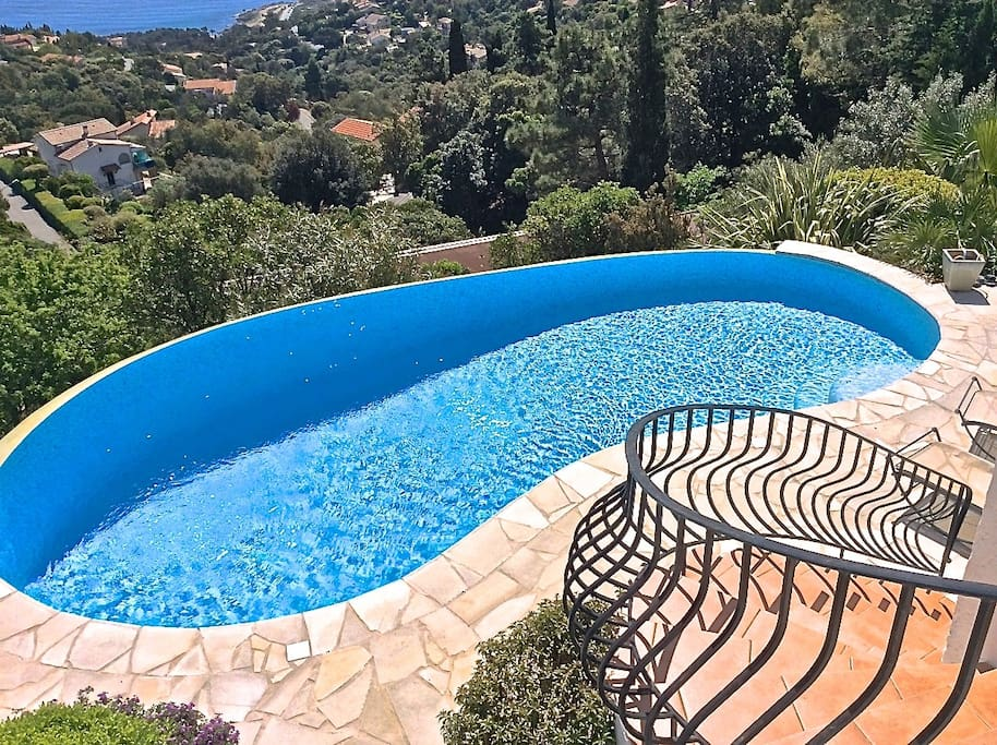 Infinity pool from the 2nd floor balcony