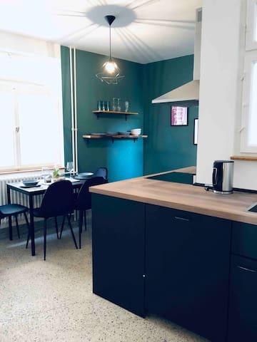 Neue Stilvolle Wohnung in Herzen von Stuttgart