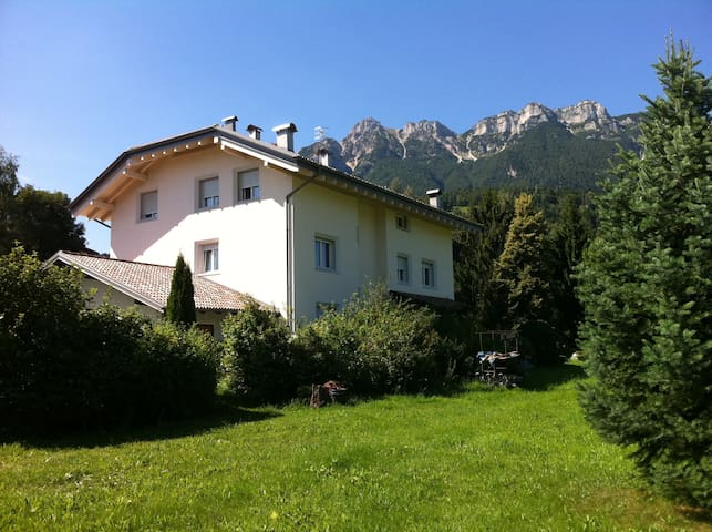 Apartment with Mountain view - Vattaro - Apartamento