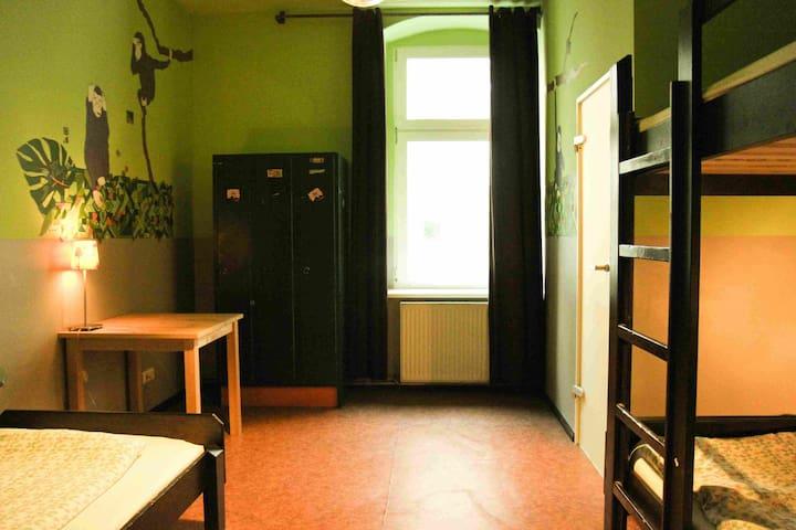 Hübsches Zimmer für 3 Personen