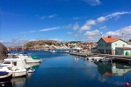 Bo i båt i Hunnebostrands fantastiska hamn! - Hunnebostrand