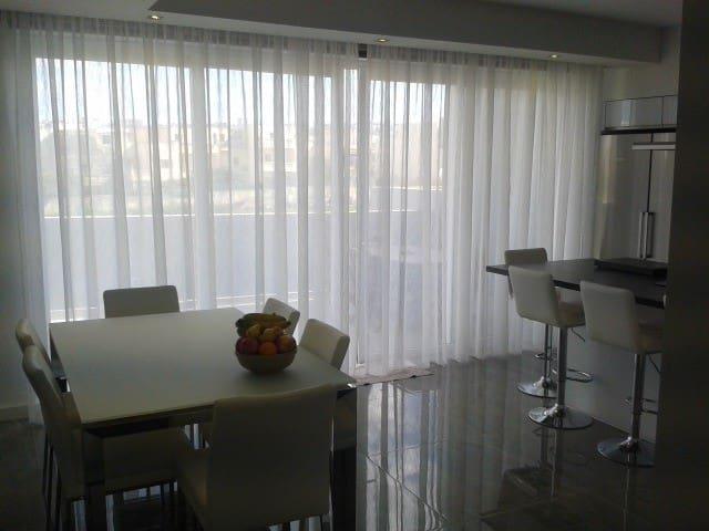 Modern Home in Swieqi - Swieqi - Dům