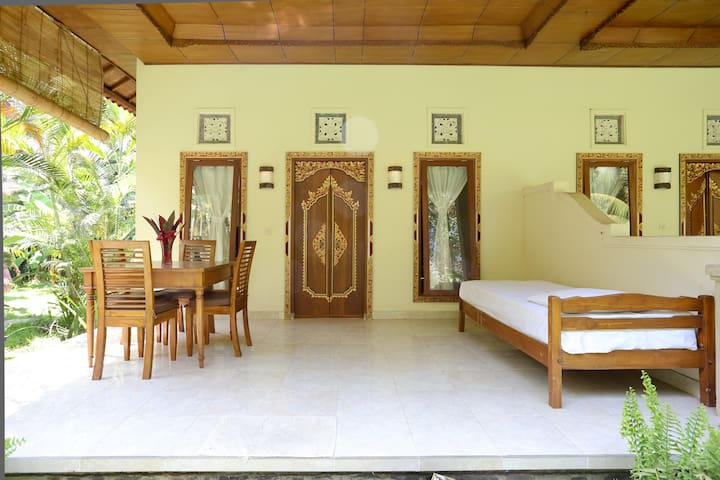 Aditya 3 North Bali Getaway Villa - Tejakula - Villa