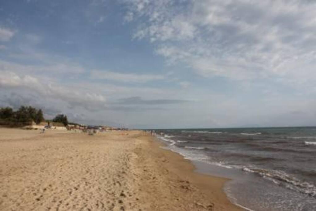 Der Strand, nur 150m vom Ferienhaus entfernt!
