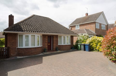 Quiet and comfortable room in detached bungalow