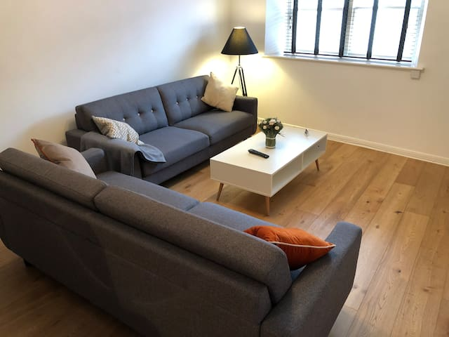 Nordic 3 Bedroom Apartment in Town Centre