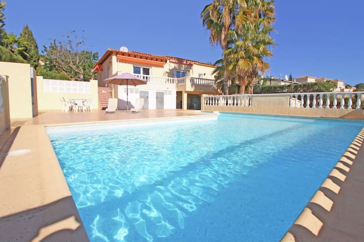 Great Villa for a wonderful holiday with private swimming pool