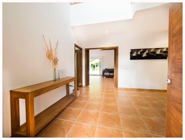 4 BEDROOM LUXURY - in Santa Ponsa - Rotes Velles - Casa
